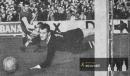 Jindřich Jindra zachraňuje - časopis Kopaná - Hokej pro listopad a prosinec 1962